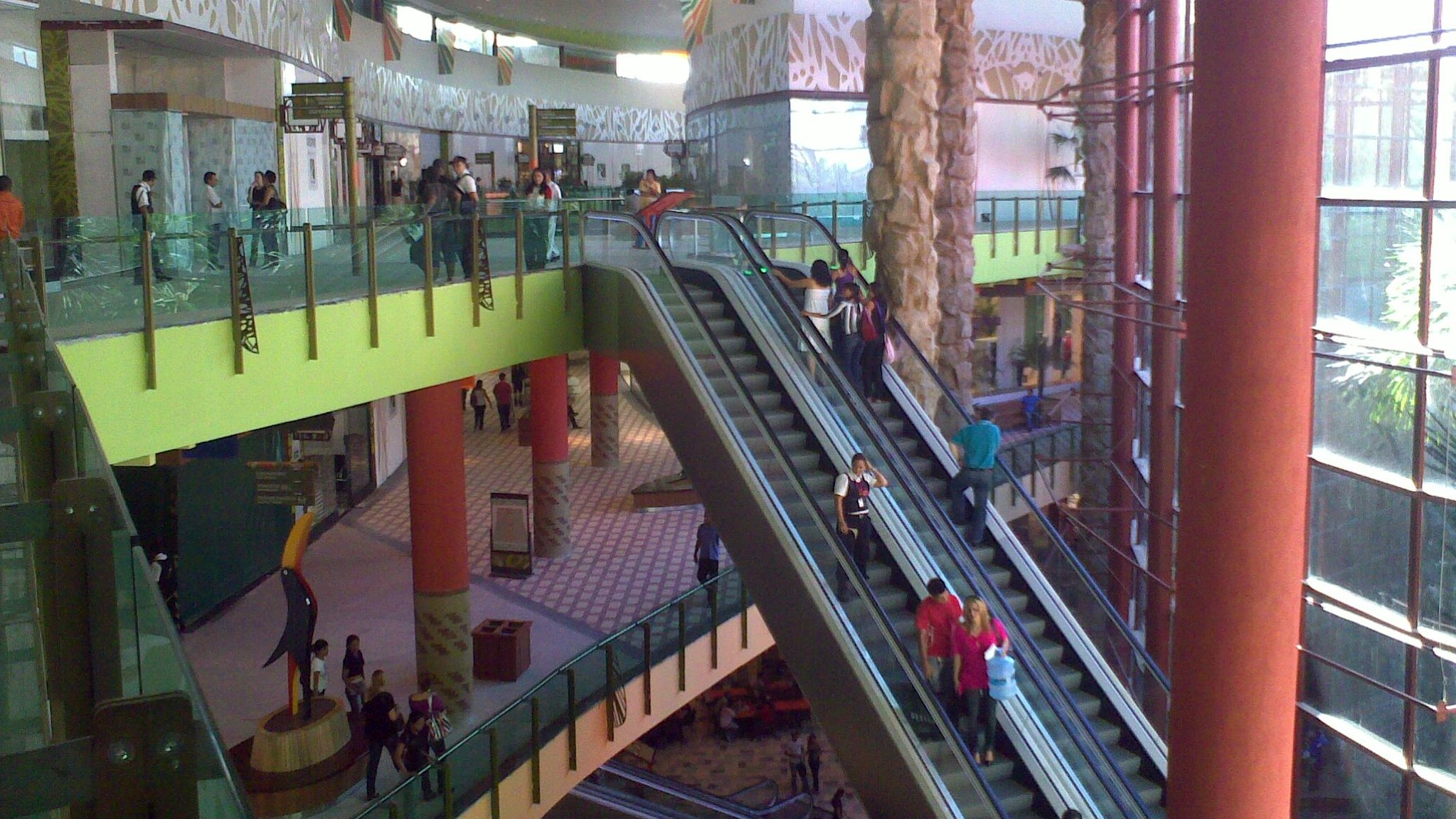 01.08 - Shop. Manauara - Foto 4